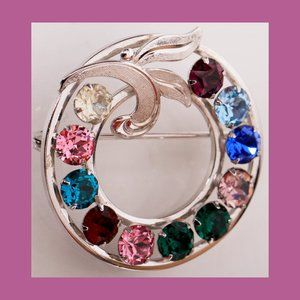 A Colorful Round VAN DELL Sterling Silver Brooch